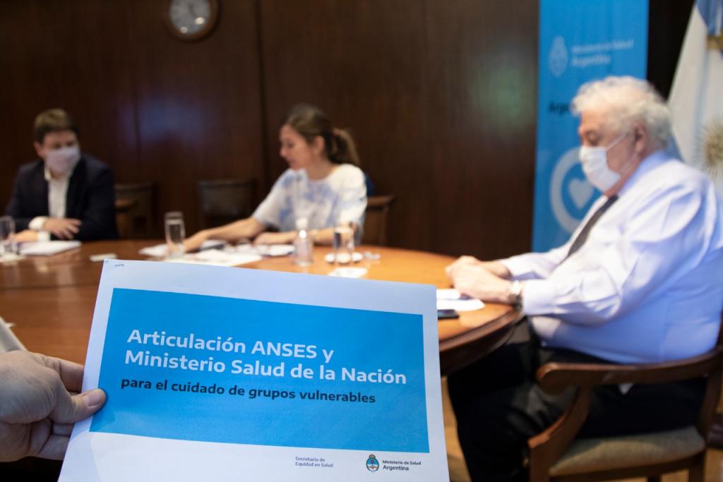 El Ministerio de Salud y ANSES firmaron convenio de intercambio electrónico de información