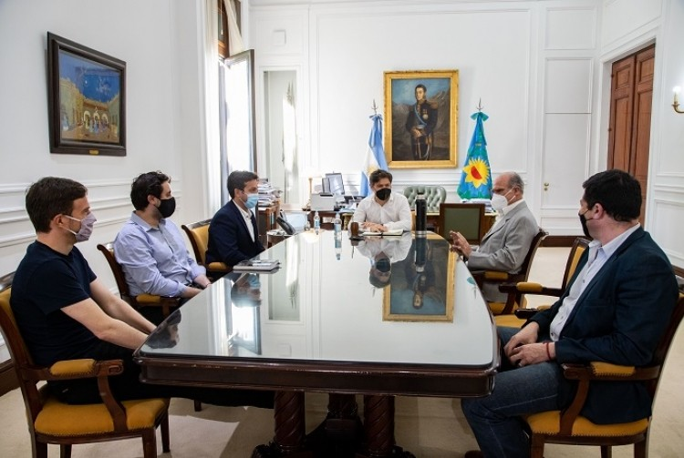 Axel Kicillof puso en funciones al nuevo presidente del Consorcio de Gestión del Puerto Quequén