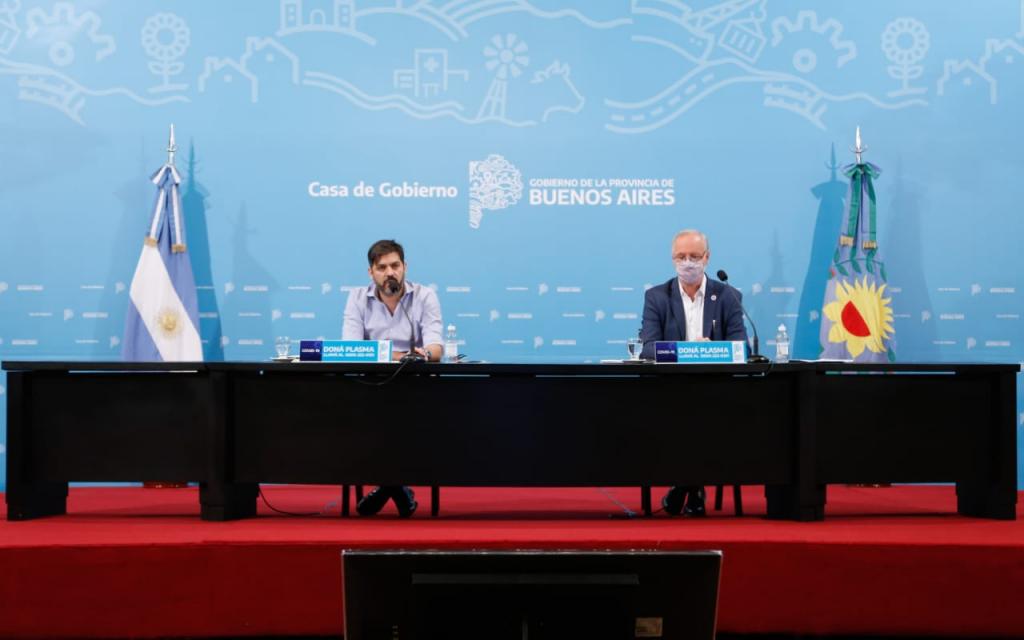 Carlos Bianco y Daniel Gollan expusieron las próximas aperturas de actividades y explicaron las perspectivas abiertas por la posibilidad de contar con una vacuna.