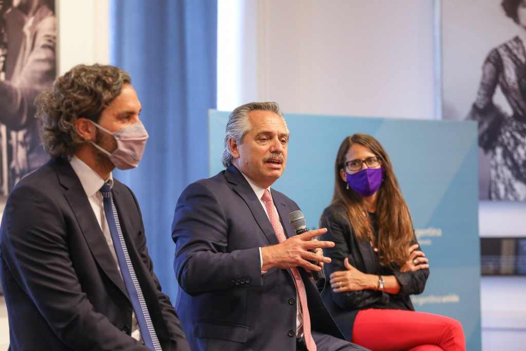 El presidente Alberto Fernández encabezó un acto homenaje al recientemente fallecido César Cigliutti