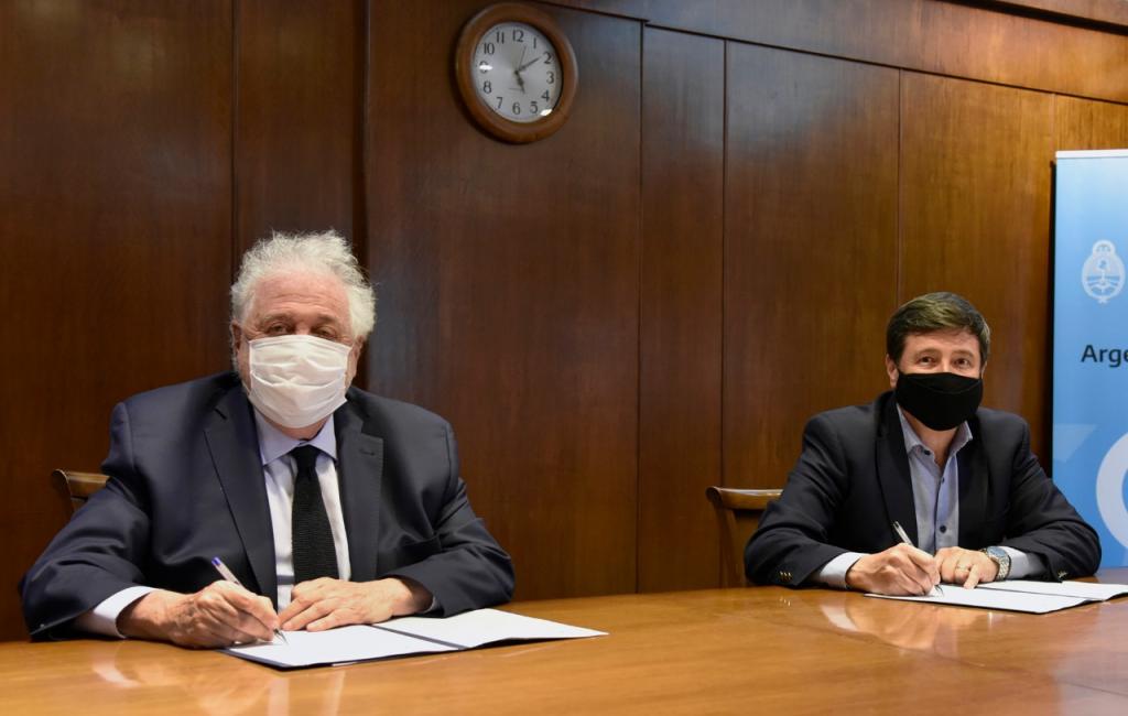 Plan Argentina contra el Hambre: Arroyo y González García firmaron el convenio de articulación