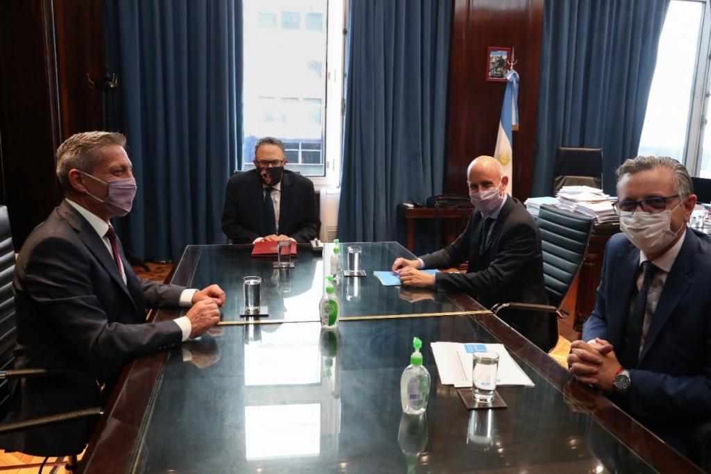 Kulfas y Arcioni anunciaron financiamiento por $400 M para PyMEs de Chubut