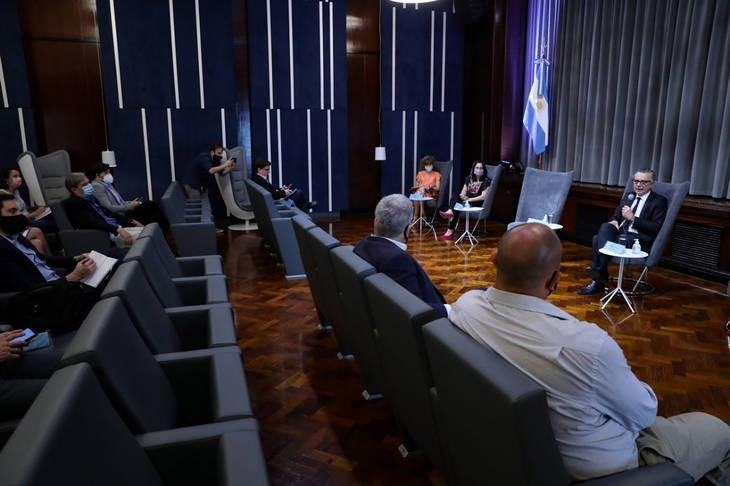 El Ministerio de Desarrollo productivo acordó una agenda de trabajo con la industria del petróleo, gas y minería para desarrollar el sector