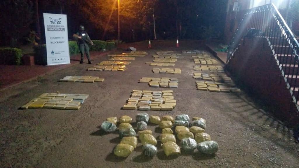 Gendarmería secuestró mas de media tonelada de marihuana