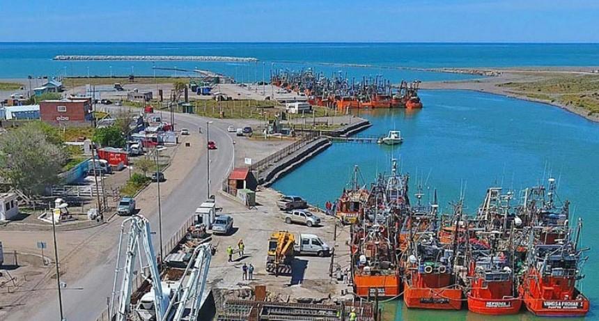 Mario Meoni firmó un convenio de asistencia para dragar el puerto de Rawson, en Chubut