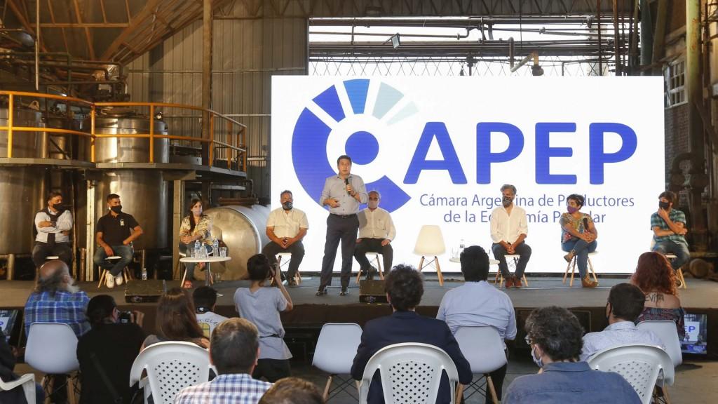 Daniel Arroyo participó en el lanzamiento de la Cámara Argentina de Productores de la Economía Popular