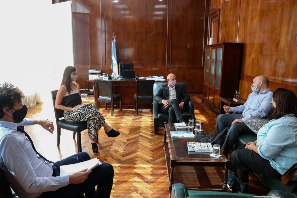 La secretaría PyME y Cervecería Quilmes acordaron acciones conjuntas para el desarrollo de su cadena de valor
