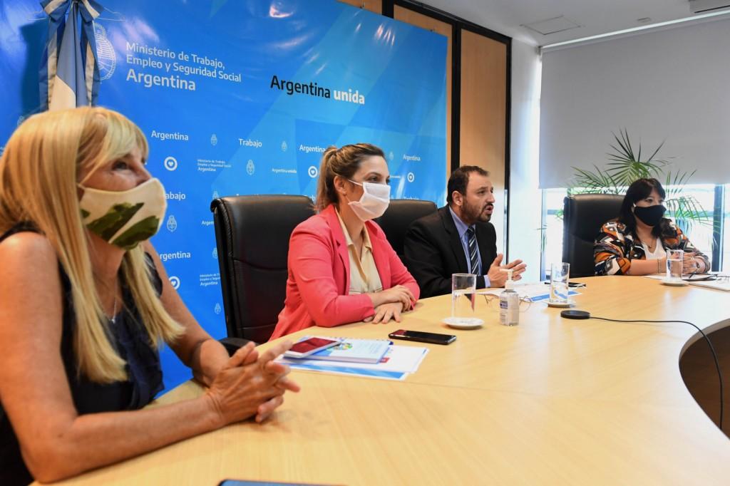 Se presentó la Dirección de Promoción e Integración de la Mujer, Género y Diversidad del MTEYSS