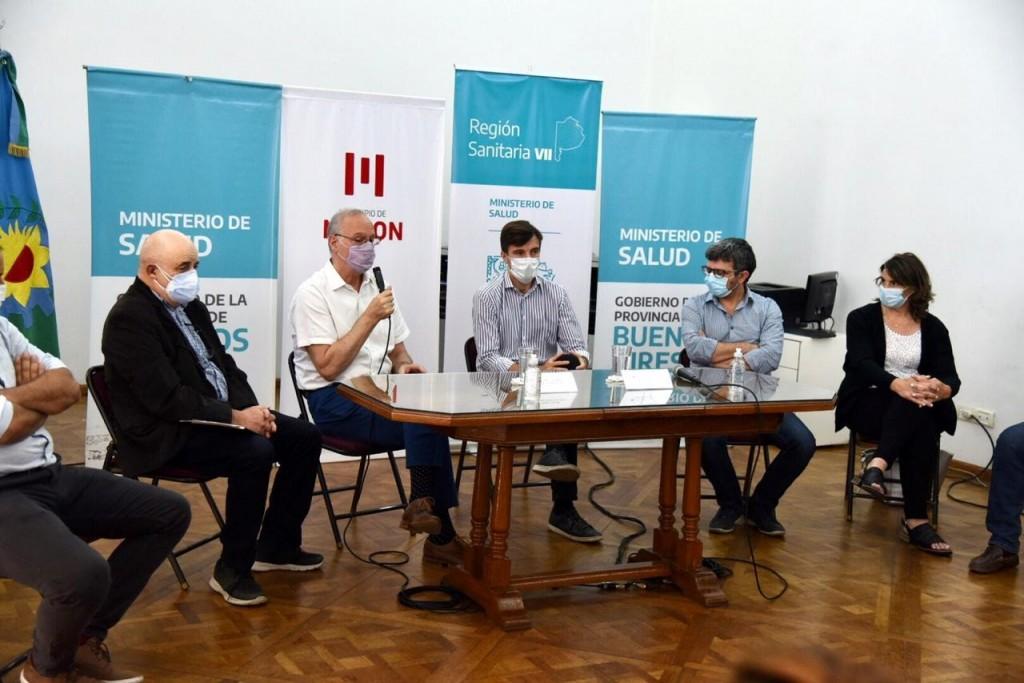Lucas Ghi y Daniel Gollán encabezaron la reunión del Consejo Regional de Salud para diagramar el operativo de vacunación