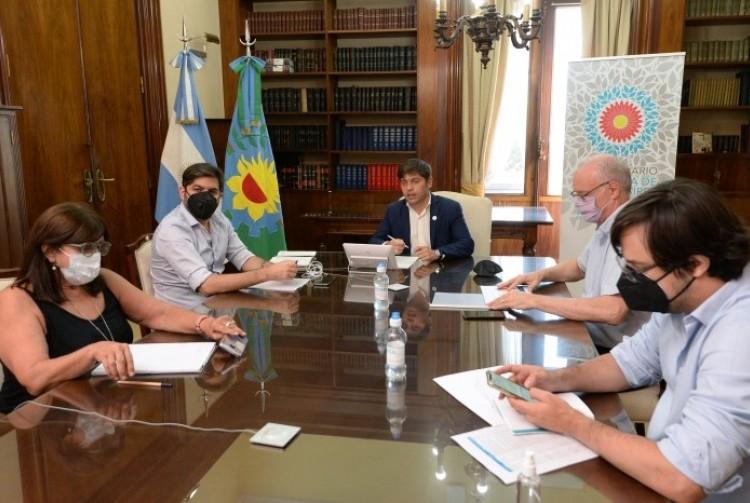 Axel Kicillof repasó la situación epidemiológica con el Comité de Expertos e intendentes de toda la Provincia