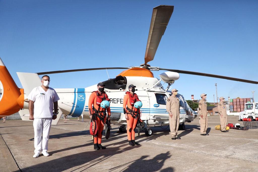 Sabina Frederic reincorporó un helicóptero a la flota aérea de la Prefectura Naval