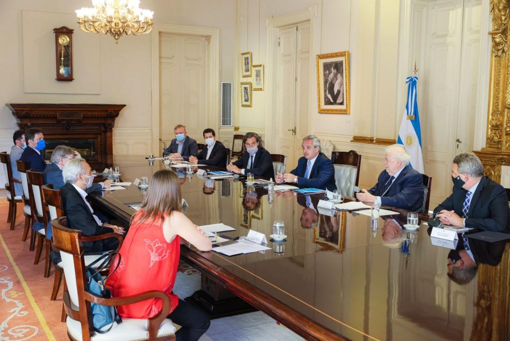 Coronavirus: el Presidente encabezó una nueva reunión del Comité de Vacunación en Casa Rosada