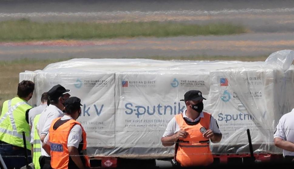Llegaron al país las primeras vacunas SPUTNIK V